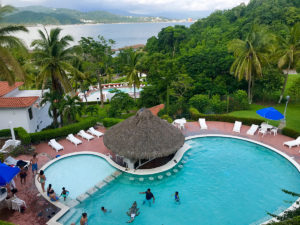 Luxury villa swimming pool COA Sportfishing Manzanillo